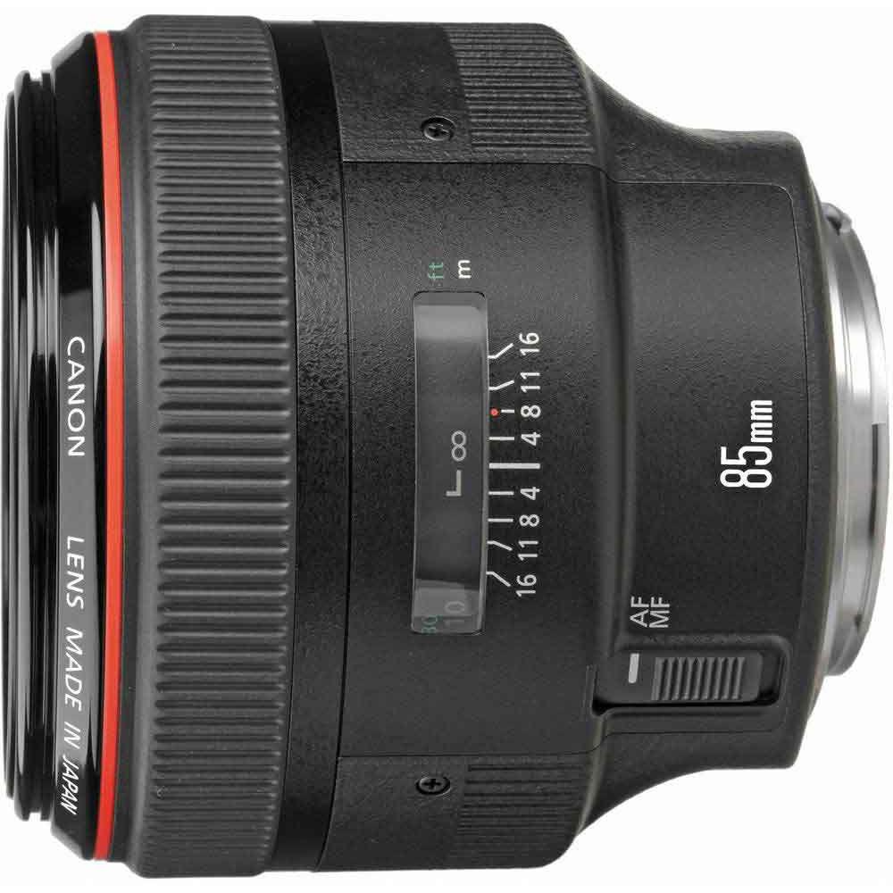 Canon EF 85mm F/1.2 L USM mark II + ES-79 II (zonnekap)