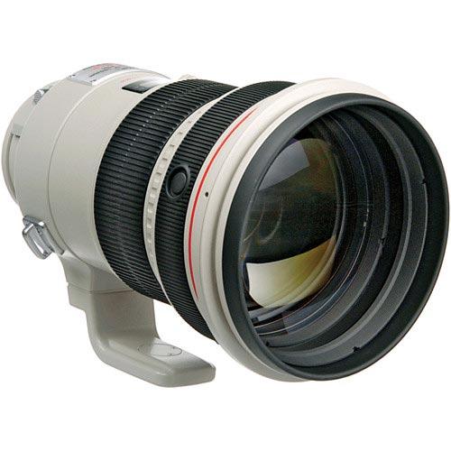 Canon EF 200mm F/2.0 L USM iS + ET-120B (zonnekap) + transport case