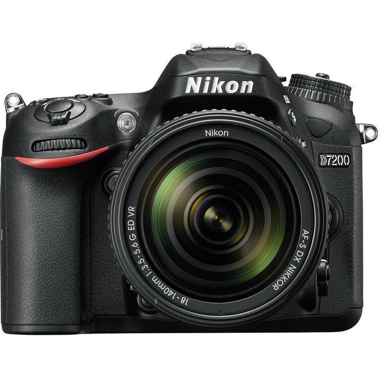 NIKON D 7200 KIT AF-S 18-140